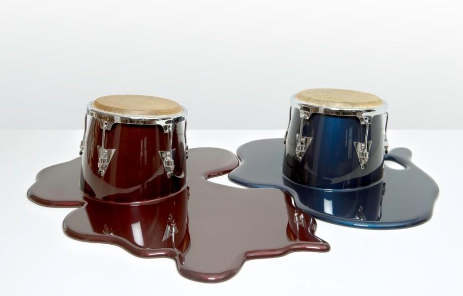 Duo de Congas Rojo y Azul by Los Carpinteros